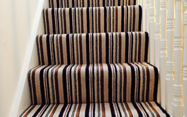 Staircase carpet fitters